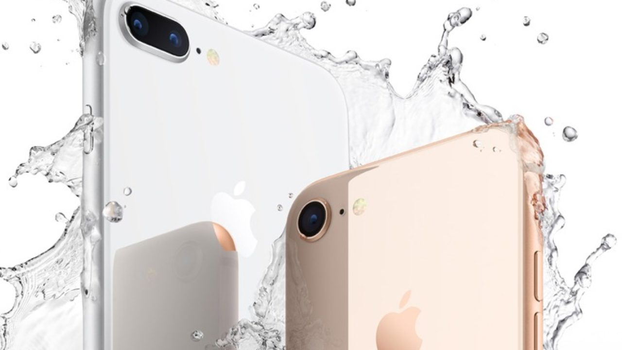 Is the iPhone 8 Really Waterproof? - The Plug - HelloTech